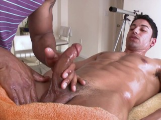 Gaywire hot men covered in warm oil having...