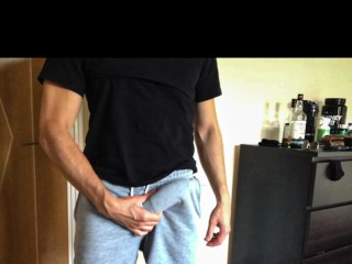 Guy with abs wank after workout loud moaning...