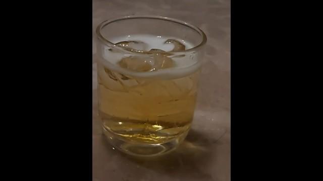 จิบเบียร์ เย็นๆ ก่อนเอาน้องแตง 1
