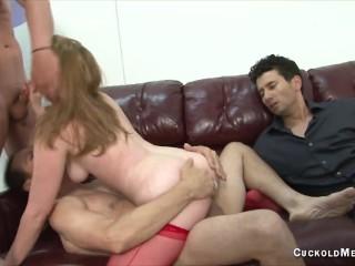Cuckold gangbang creampie eating hot wife fucks 5...