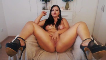 FEED ME ! Beautiful babe in heels begging for cum,deepthroats and fingers herself to cum,dirty-talk