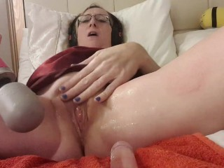 Pee squirting with doxy wand essex girl lisa...