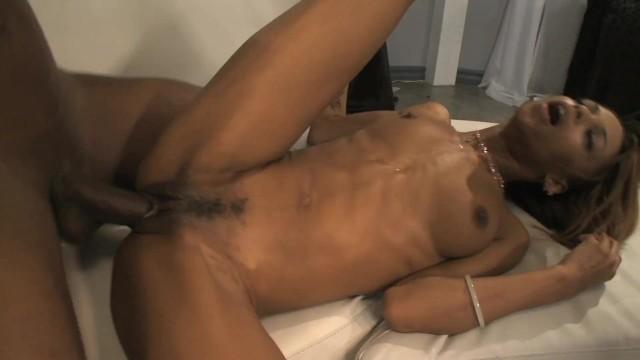 Stunning Ebony Babe Has Her Ass Stuffed With Impressive Bbc 2