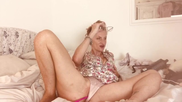 Toys;Mature;MILF;Red Head;Exclusive;Verified Amateurs;Solo Female tip-vibe, tip-tease, webcam, mature-cougar