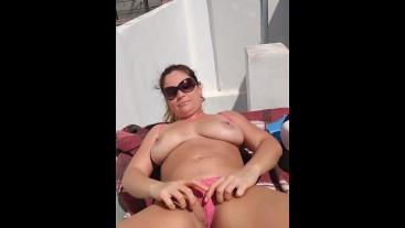 silvina masturbacion anal al aire libre