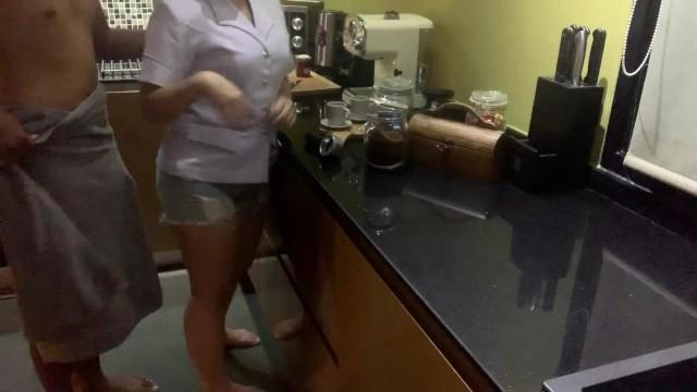 คลิปโป๊ไทยแท้ เสียงไทยชัดเจน xxx นางพยาบาลโดนเย่อคาชุด เย็ดสดๆแตกใส่ปาก น้ำว่าวข้นมากกลืนไปได้ยังไงเนี่ย
