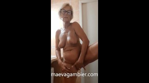 Porn maeva Maeva