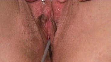 Mascara wand sounding with Hair brush pussy masturbation and pissing