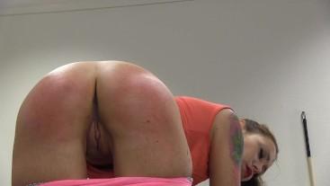 Foxy's ass whipping 2509