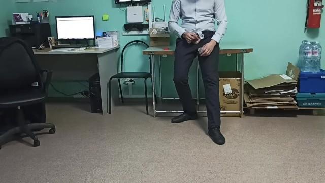 Медсестра помогает сдать сперму донору 2