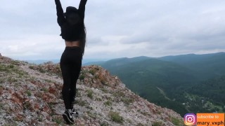 hottie in leggings gets a fuck and a facial in the mountains – teen porn