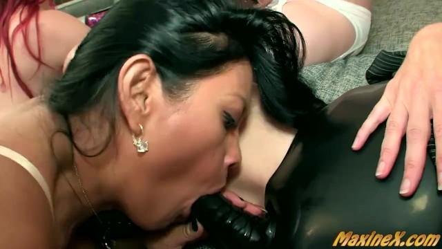 Sexy Asian Maxine X In A !0 Girl Orgy!! 10
