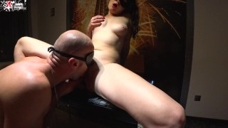 Hot Brunette had Anal Sex and Passionate Sucking on the First Date
