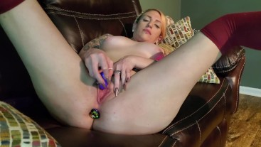 HIPPIE SLUT PLUGS ASS PLAYS WITH CLIT CUMS HARD BACK TO BACK | VERIFIED AMATEUR GINGER MCKENNA