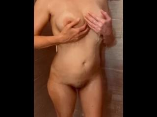 Hot MILF in Shower – PBelle27
