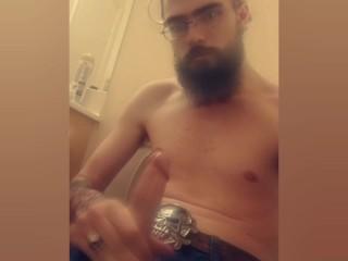 Hot bearded guy Jacks off and moans