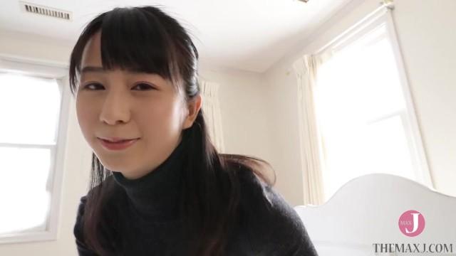 新しい家にくると先に住んでいた日本人美女が部屋を下着姿で案内してくれる。そんな夢を僕は見ていたのかもしれない。 - 泉水 蒼空 [bunc_003_003] 18