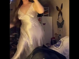 Having a bong and vibing away...