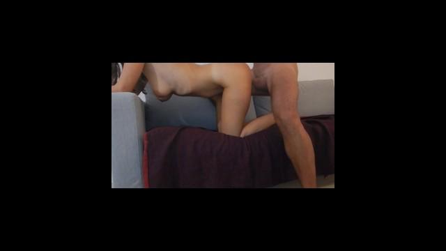 Follando en el sofa - completo 5