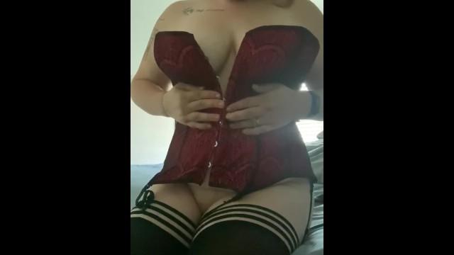 sexy mature solo orgasm