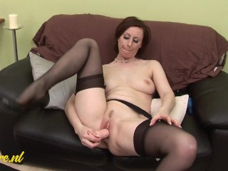 Classy British MILF Double Penetrates Herself For Her First Time