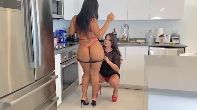 Rose Monroe -Esperanza Gomez latinas pornstars lesbian party 5