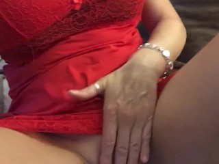 Red hot British stepmom caught solo pussy play