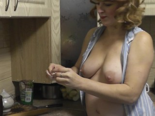 Naked woman mommy milf cooking russian dumplings at...