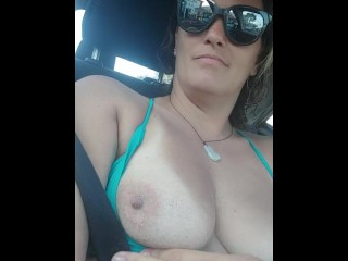 Driving back from naked gr8moanings...