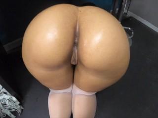 Candid Big Booty Upskirt