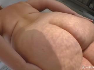 Bbw mom boobs bush is jiggling...