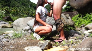Risky blowjob in public place by Tinder friend in first meeting