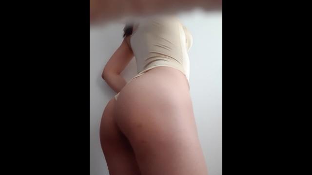 CASERO - REAL VIDEO DE HOTWIFE LATINA MASTURBANDOSE 7
