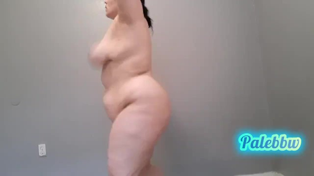 naked excercise titty bouncing jumping jacks 19
