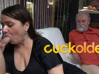 Grandpa is a Master in Cuckolding