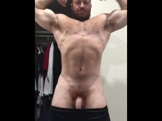 Dick beefy bodybuilder naked flexing cocky musclebear alpha...