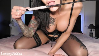 escort plays with her whip and SQUIRTS hard for her daddy!
