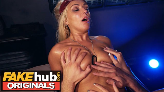 FAKEhub HALLOWEEN - Alien being changes sex and fucks oily space babe