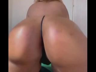 Big oiled up booty twerk...