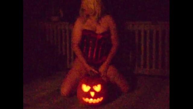 Halloween Pumpkin fun 5