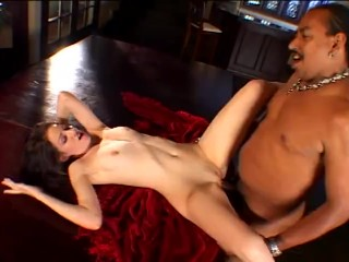 Euro brunette milf with slim body the pizza...