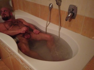Bathroom daddy wanker bathroom stories part3 bearded bear...