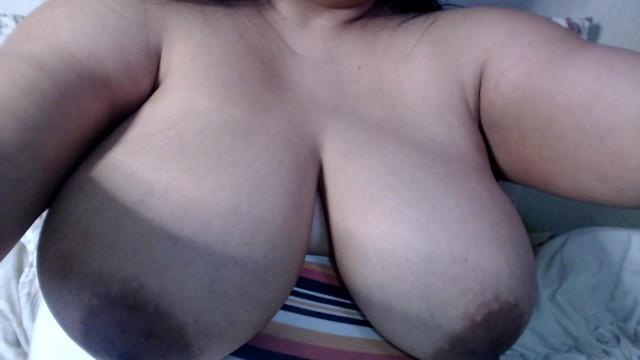 Huge tits on webcam 46