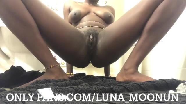 Ebony Orgasm Dick Threesome