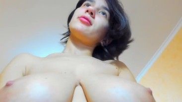 Hot sweet brunette Myla_Angel shows her pussy then fingers it gently and softly then shows boobs!
