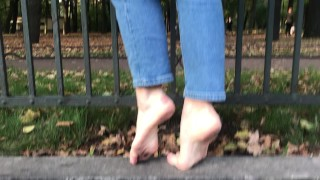 Walks on very cold rocks and crunchy leaves! TRAILER