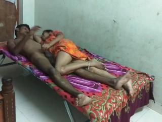 Nackt desi tantrischen Oralsex