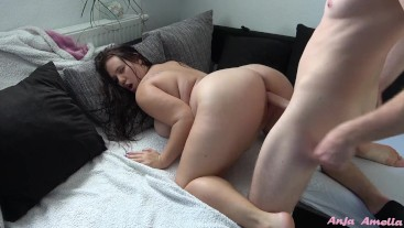 curvy girl seduces stepbrother with her hairy pussy