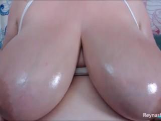 Oil camshow lotion oil fetish milf boobs...