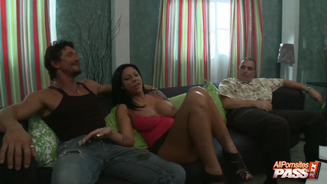 4k Mason Moore Cuckolds Husband With Another Guy And Blowjobs 11